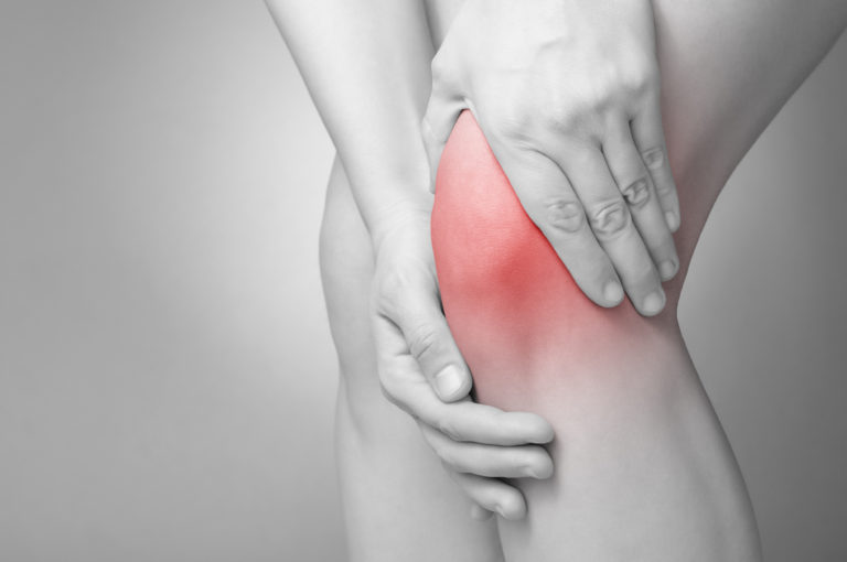 Ako sa rýchlo zbaviť bolesti v oblasti kolena?