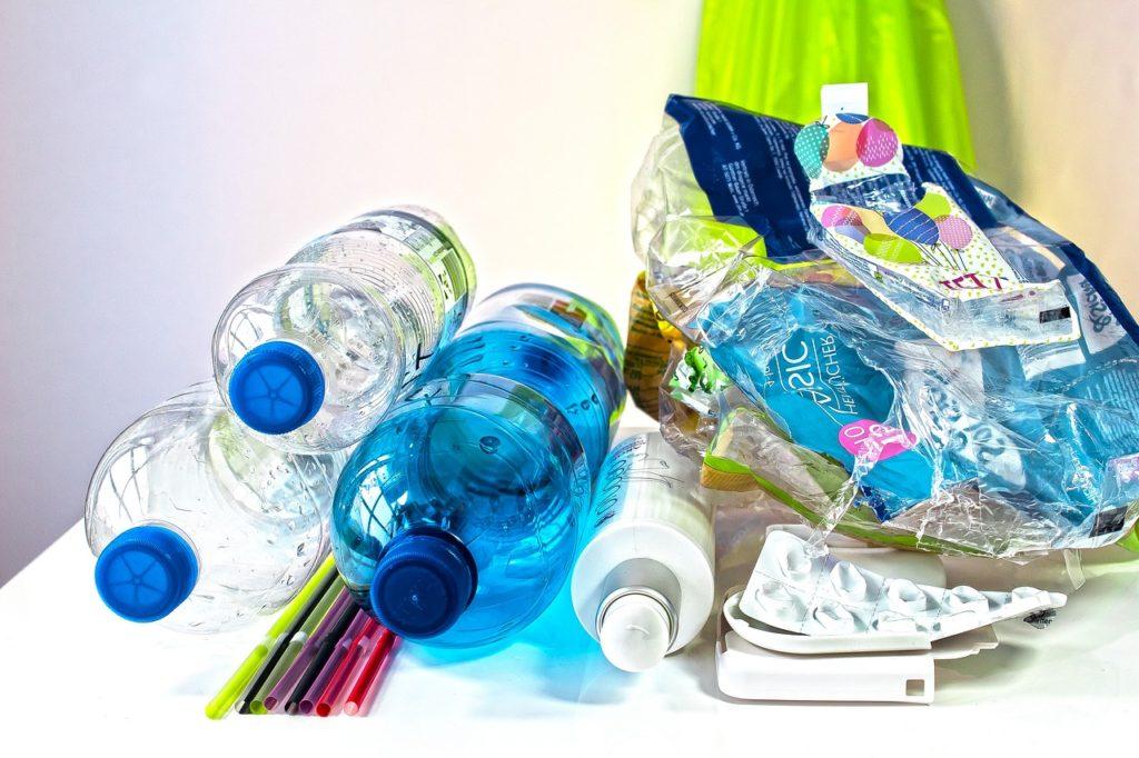 Efektívne triedenie a recyklácia plastov – Čo všetko by ste mali vedieť?